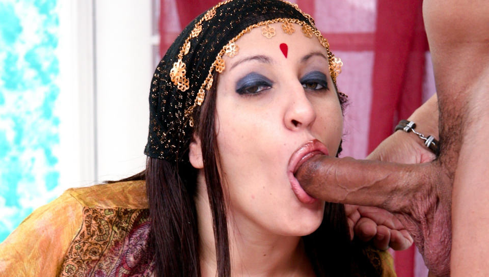 Chubby Indian housewife gets slammed by her husband