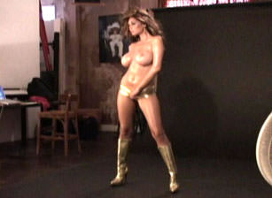 Photoshoot Gold and Black, Scene #01