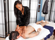 Asian Women : Review Time - Alan Stafford & Sapphire Kiss!