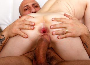 First Gape Experience, Escena 3