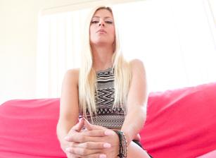 Lesbian Anal POV #03 Scène 3