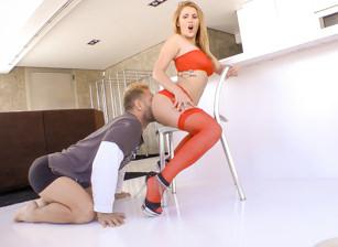 Suck Ass Escena 1