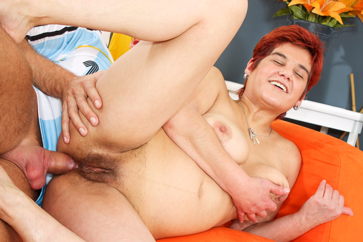 Hot Granny loves to fuck delicious
