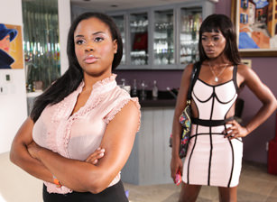 Lesbian Beauties #11 - All Black, Escena 1