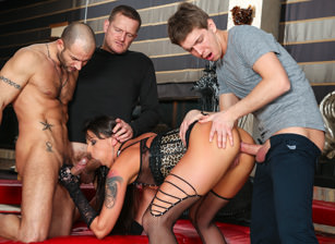 Rocco's Perfect Slaves #05, Escena 3