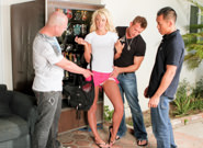 Courtney Taylor Unleashed, Scene #04