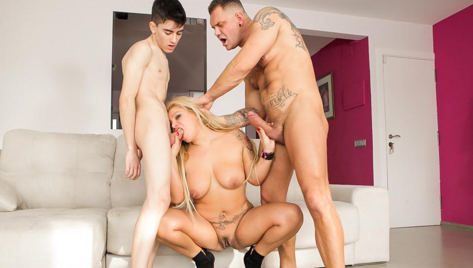Nacho s have sex Amateurs 04 MILFs Scene 02 Alexa Blun Nacho