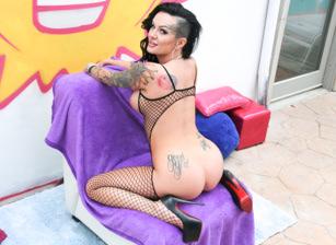 Tattooed Anal Sluts #03 Escena 4