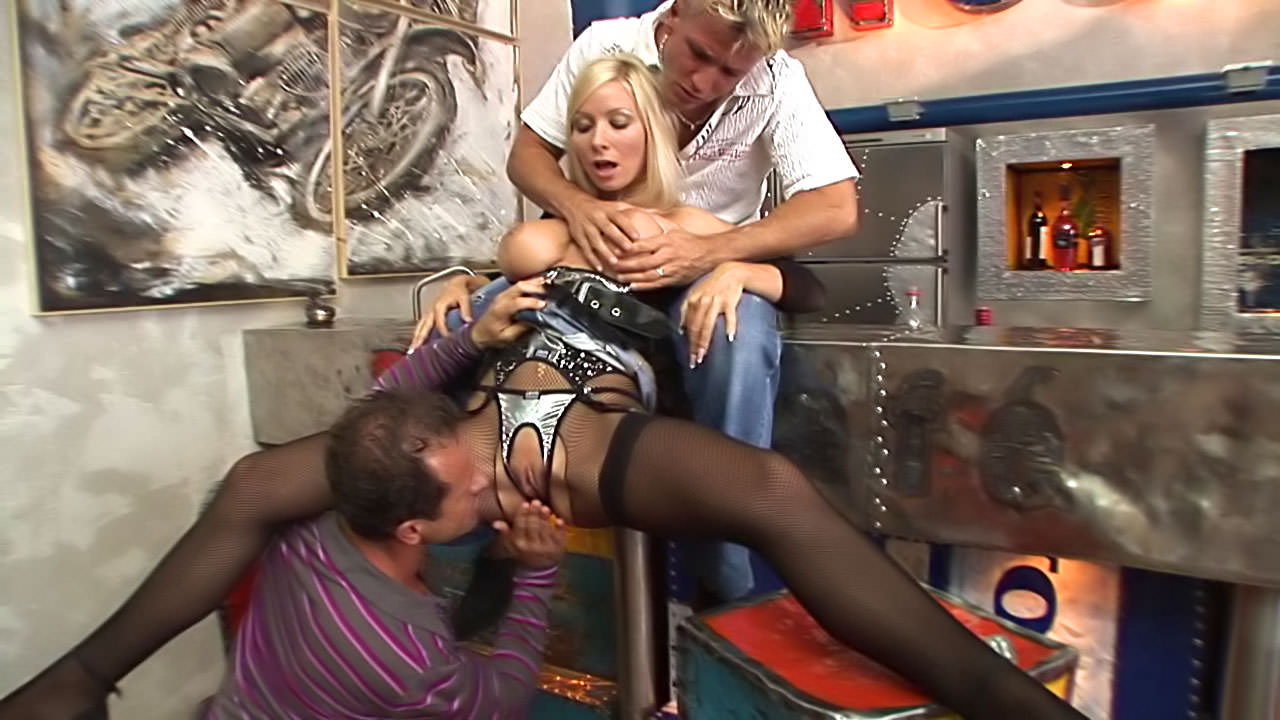 Rocco siffredi fucks big titted whore