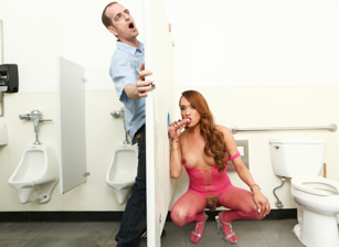 Tranny Glory Hole Surprise #02, Scene #01