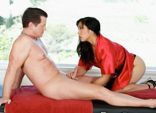 Asian Strip Mall Massage, Scene #01