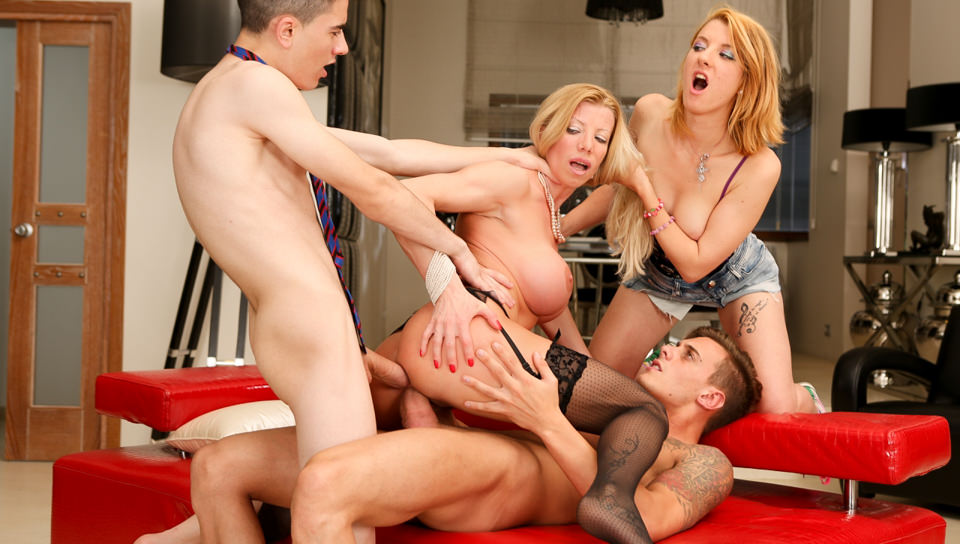 Screenshot 2 from the Rocco Siffredi's Teens vs MILFs # 3