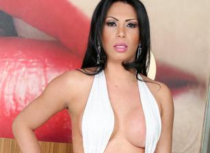 Alana Ribeiro Scène 1