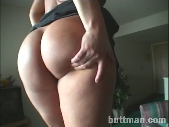 Screenshot 3 from the John Stagliano's Buttman's Big Butt Backdoor Babes 2