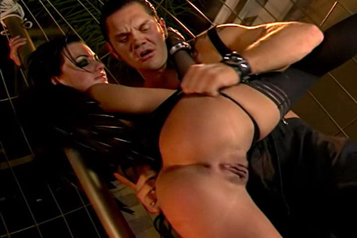 Screenshot 5 from the Nacho Vidal's Back 2 Evil 1
