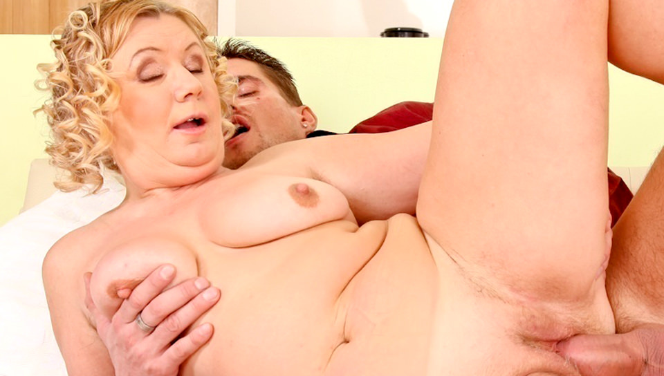 Busty granny Judita loves sex in doggy style