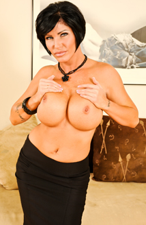 Big Titty MILFS #15 Picture